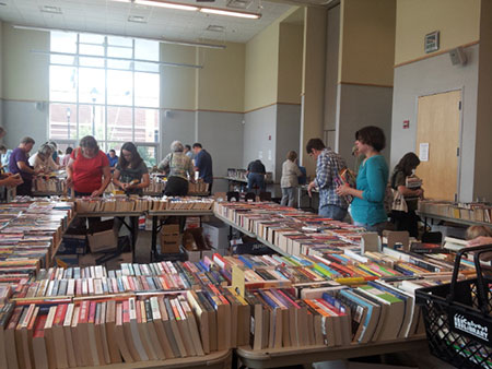 SarahBookSale_02450